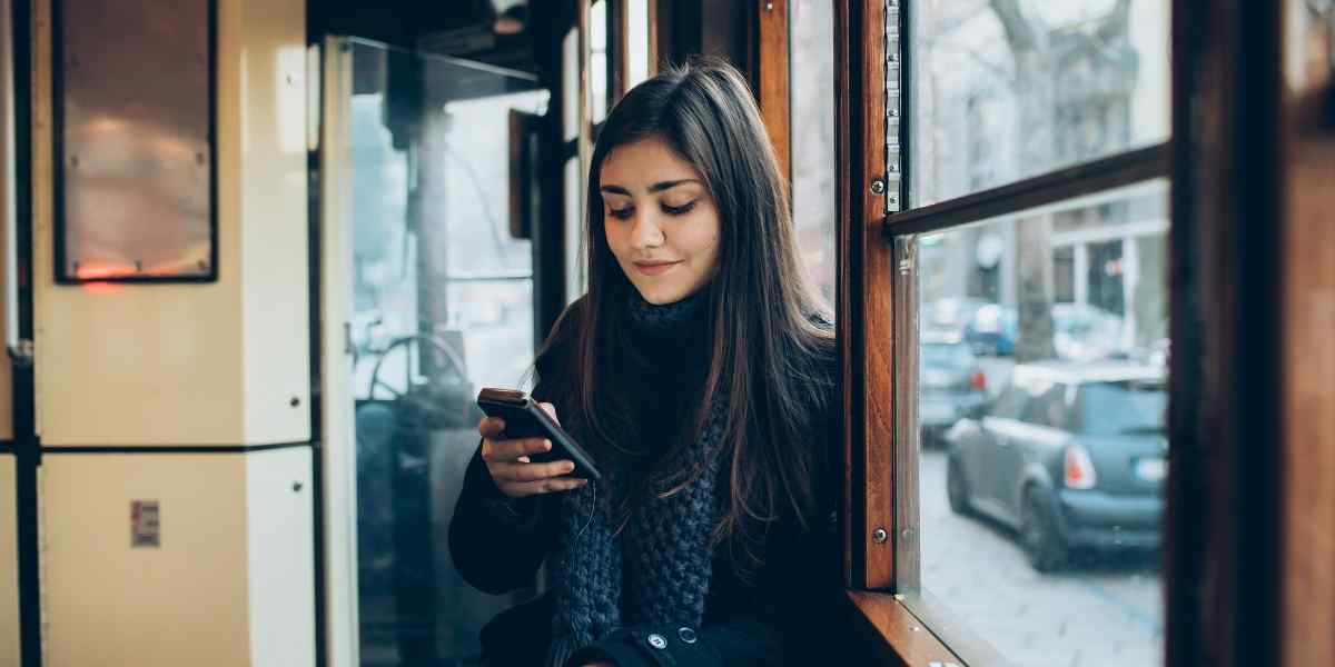 How to text a Virgo woman?